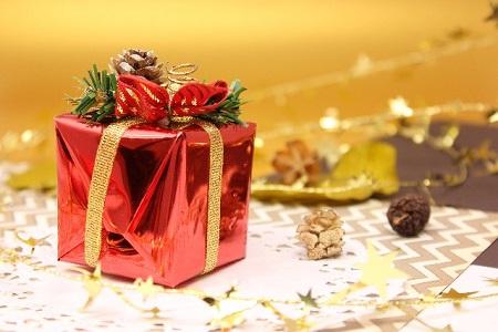 クリスマス プレゼント 同性 男